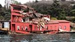 İstanbul Boğazında tanker yalıya çarptı