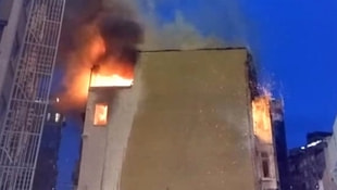 Taksim Meydanında yangın paniği!