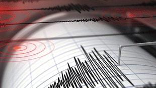 İzmirde peş peşe depremler!