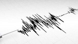 Hakkaride korkutan deprem!