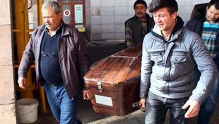 Üvey babası tarafından öldürülen Ahmet Coşkunun cenazesi Adli Tıptan alındı