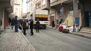 Bağcılar'da 4 bina boşaltıldı