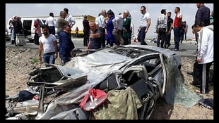 Kayseride feci trafik kazası! Ölü ve yararlılar var!