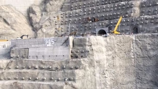 Baraj inşaatında feci kaza!