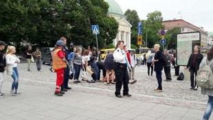 Finlandiyada terör alarmı! 7 kişi bıçaklandı