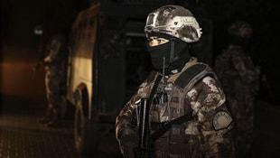 Adanada 2 bin 500 polisle operasyon!