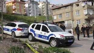 İstanbulda bomba alarmı! 5 katlı bina boşaltıldı