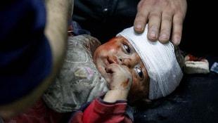 Suriyede büyük katliam: Pazar yerini vurdular! Onlarca ölü var
