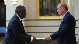İki büyükelçi Erdoğana güven mektubu sundu