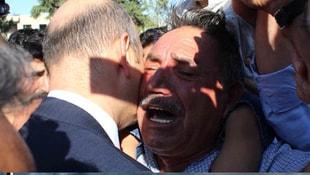 Türkiye şehitlerini uğurluyor! Soyluya sarılıp bunu istedi!