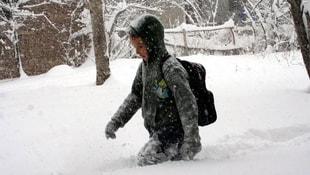 Çanakkalede kar nedeniyle okullar tatil edildi
