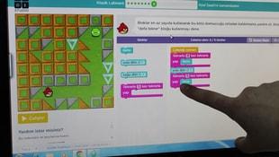 Çocuk mentörlerden kodlama eğitimi