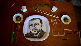 Türkiye düşmanlarına karabiberli Erdoğan portresi