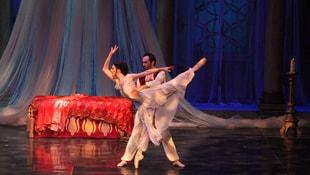 Hurrem Sultan balesi sanatseverlerle buluştu