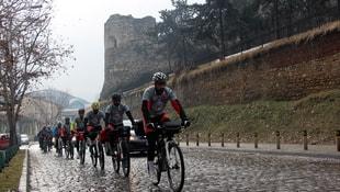 Türk öğrencilerden bisikletli Balkan turu