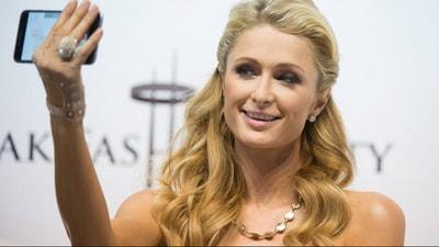 Paris Hilton: Selfieyi ben icat ettim