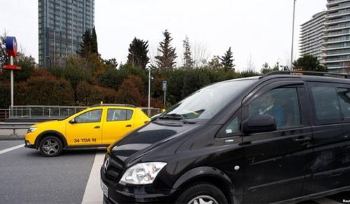 Taksi-Uber kavgasında ilk karar çıktı!