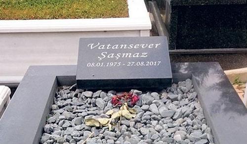 Vatan Şaşmaz'ın mezarında...