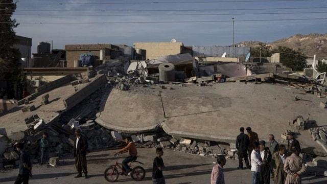 Depremde bilanço ağırlaşıyor: En az 530 ölü