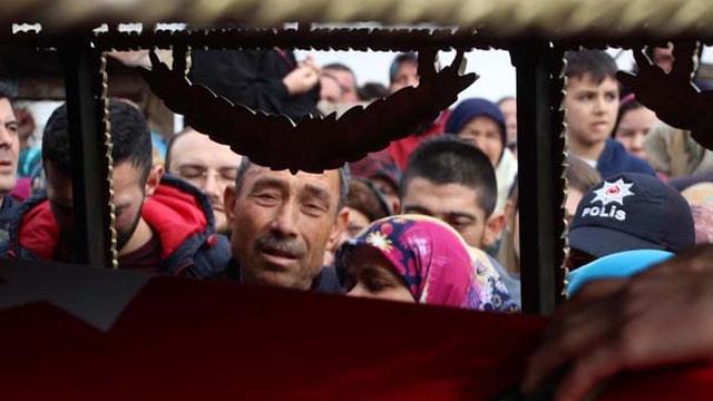 Şehit Astsubay Kıdemli Çavuş Çoban Balıkesir'de son yolculuğuna uğurlandı