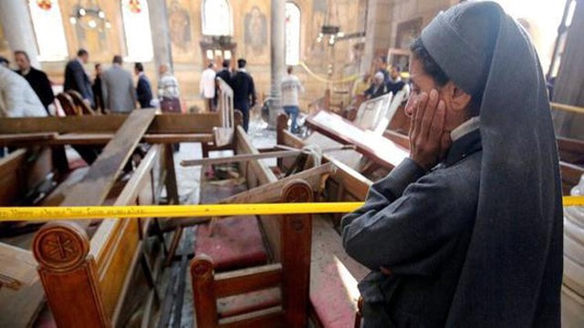 Mısırı sarsan patlama sonrası olay yerinden ilk kareler
