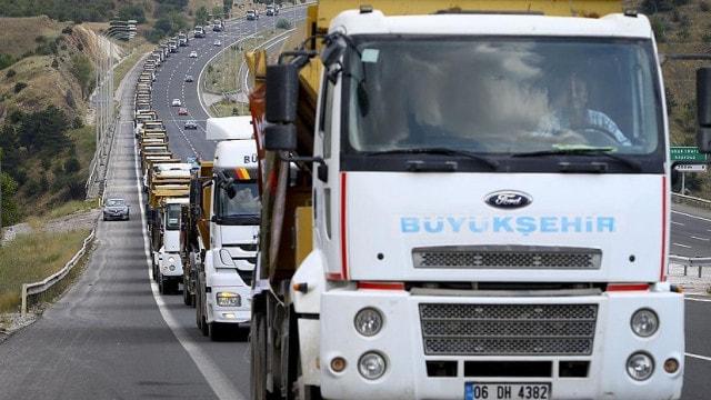 Belediyeden 400 araçlık 15 Temmuz konvoyu