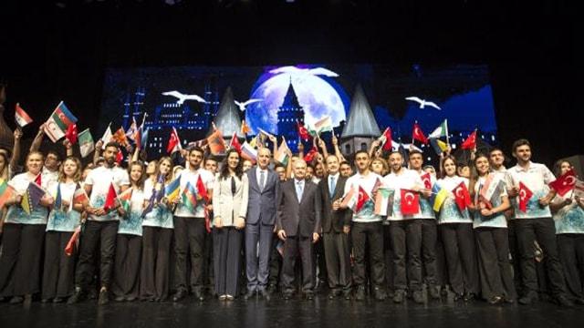 Yunus Emre Enstitüsü Anadolunun Renklerini dünyaya saçıyor!