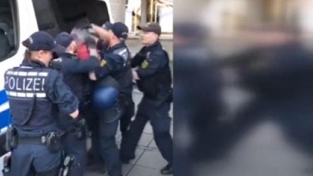 PKKlıları koruyan Alman polisi Türke saldırdı