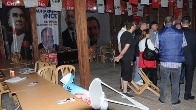 Seçim bürosuna saldırı