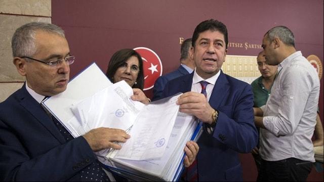 CHPde olağanüstü kurultay için imzalarda son gün