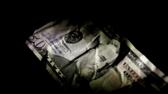 Dolar bazında asgari ücret, 646 lira azaldı