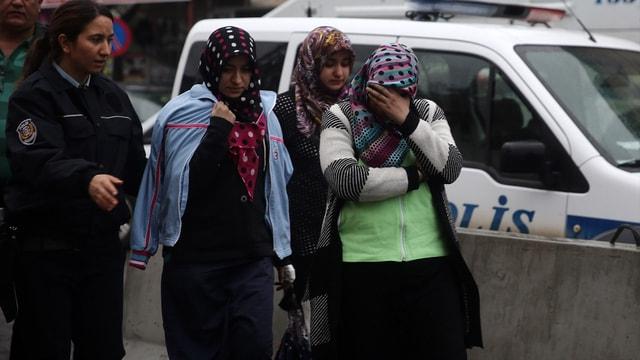 GÜNCELLEME - Adana'da özel öğrenci yurdundaki yangın