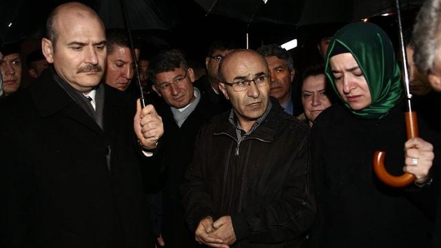 Aile ve Sosyal Politikalar Bakanı Kaya: (Adana'da özel öğrenci yurdundaki yangın) En ufak bir ihmal varsa sonuna kadar titizlikle araştırılacak. İhmali olanlar sonuna kadar cezasını çekecek