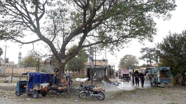 Afganistan'da peş peşe iki bombalı saldırı: 5 ölü