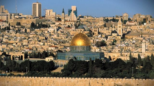 İsrail ezanı yasaklayacak