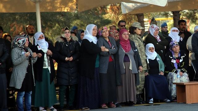 Diyarbakırda şehit güvenlik korucusu için tören