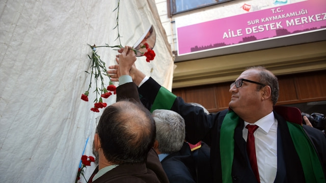 Tahir Elçi ölümünün birinci yılında Diyarbakırda törenle anıldı