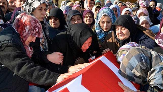 Şehit Piyade Astsubay Kıdemli Çavuş Bolat Samsunda toprağa verildi