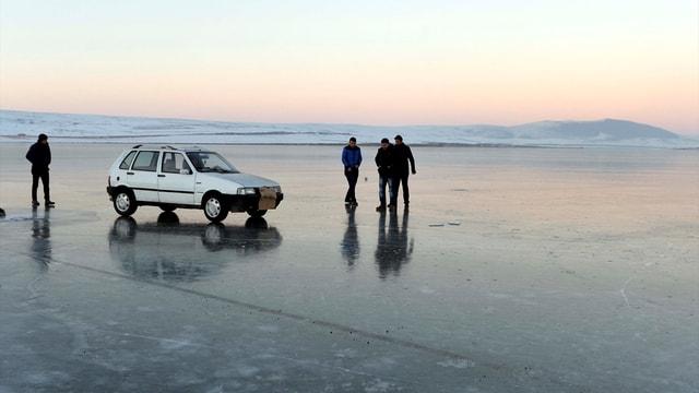 Göl üzerinde sürüş keyfi