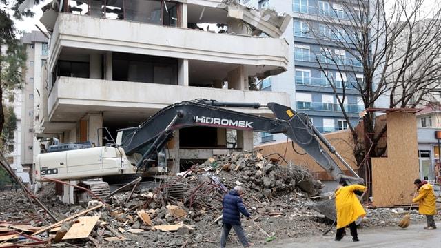 Kadıköy'de yıkım