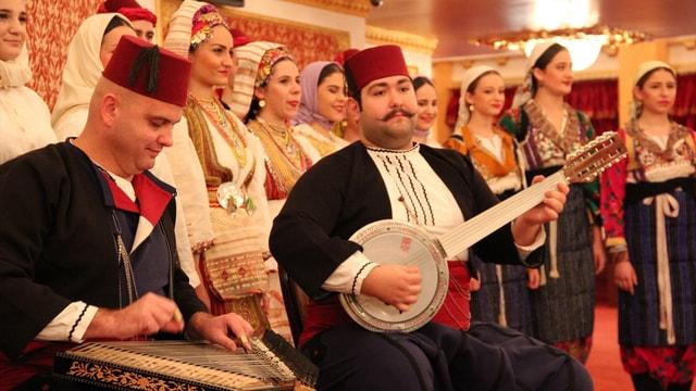 Müslüman Makedonların renkli düğün adetleri