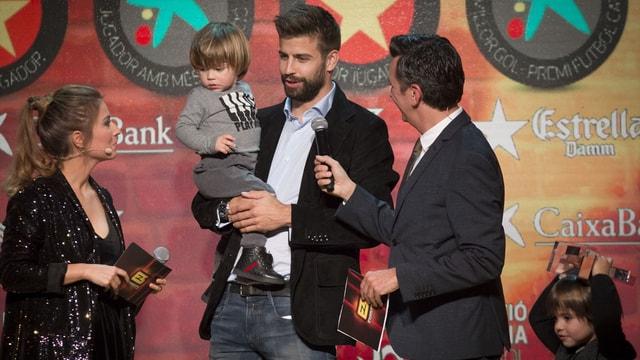 Pique ve Guardiola'ya Katalonya'dan ödül