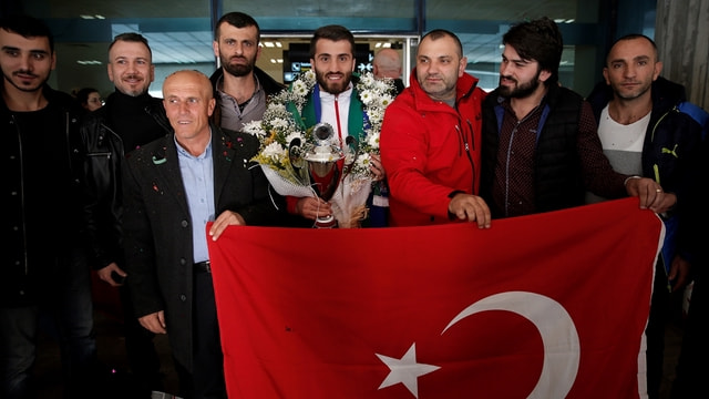 Şampiyon kick boksçu Trabzon'da