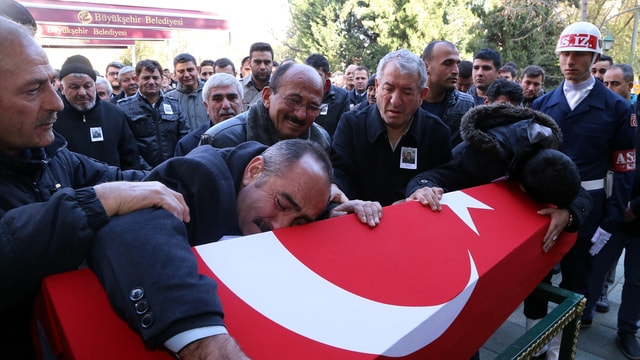 Şehit Uzman Çavuş Özcan için cenaze töreni