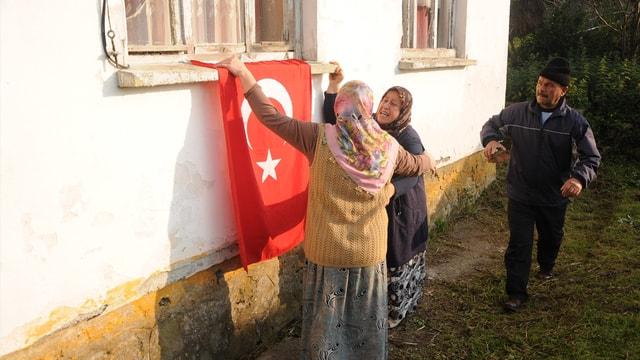 Şehit Uzman Çavuş Acarın Zonguldaktaki ailesine acı haber ulaştı