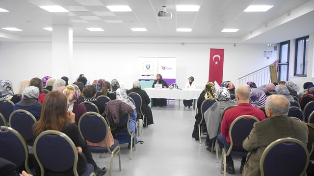 Strazburg'da Hayata Yön Veren Kadınlar konferansı