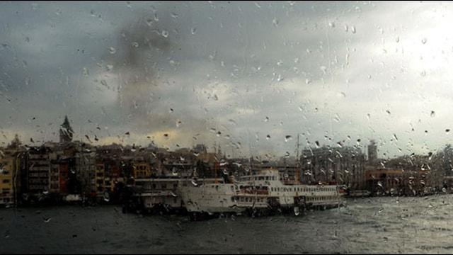 Meteoroloji uyardı! İstanbulda yağmur alarmı
