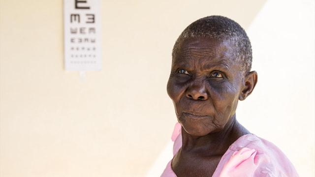 Yeryüzü doktorları Uganda'da katarakt ameliyatı yapacak