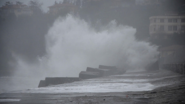 Zonguldak'ta kuvvetli rüzgar