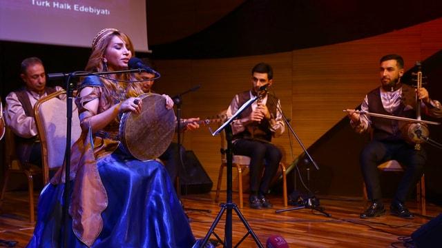 Bakü'de Üstatlara Saygı Gecesi
